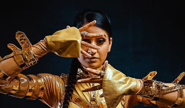parvyn in gold outfit for her new album,